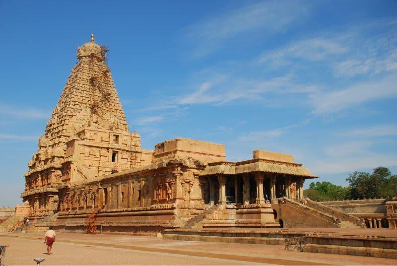 brihadeeswarar-temple