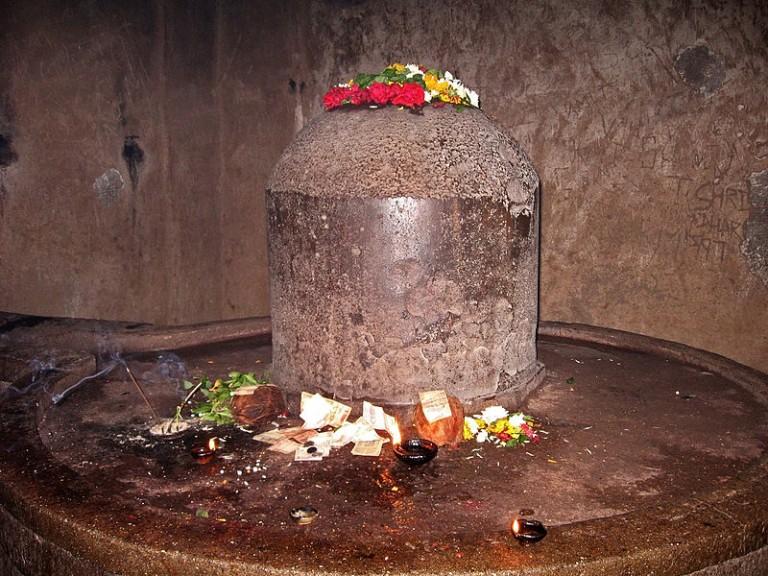 kailash-shiva-linga-768x576